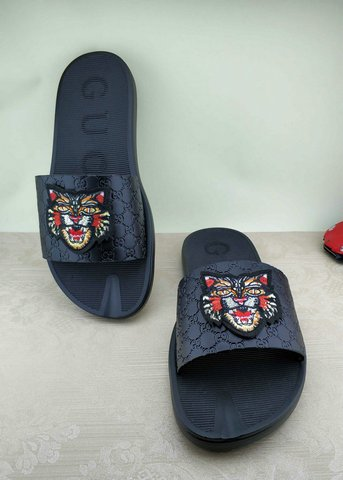 Gucci Slippers-52